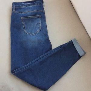 Pantalones Semi Nuevos solo 1 puesta
